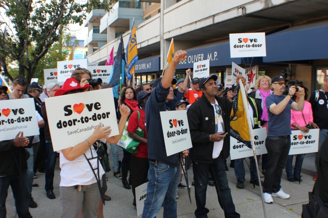 Toronto Rally Defends Postal Services