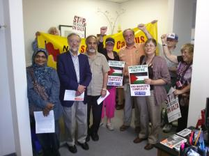 NDP Socialist Caucus deliver message to NDP MP Craig Scott (Toronto-Danforth), August 2014.